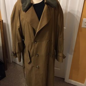 Men London Fog trench coat size 42 with lining new
